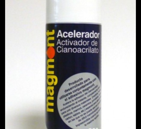 The Magmont Activator is an ozone-friendly spray whose use lies in the activation of the curing process, depositing a correct balance of ions on the surface, stimulating the attraction of the adhesive and preparing the surface for the subsequent bond. It is mainly created to accelerate the bonding process on inactive materials. On the other hand, it prevents the absorption of the low viscosity adhesive. With the Magmont Activator we find an ideal complement to fill gaps.